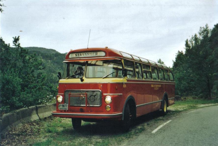 K-11877 'Turisten'. Fotografert 23.08.09 på en liten stopp, på strekningen mellom Sira og Virak.